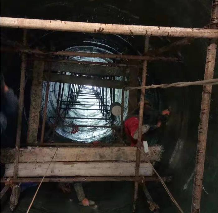 易胜博平台登录内壁玻璃钢防腐施工